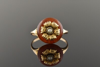 Art Nouveau Ring with Flower Center