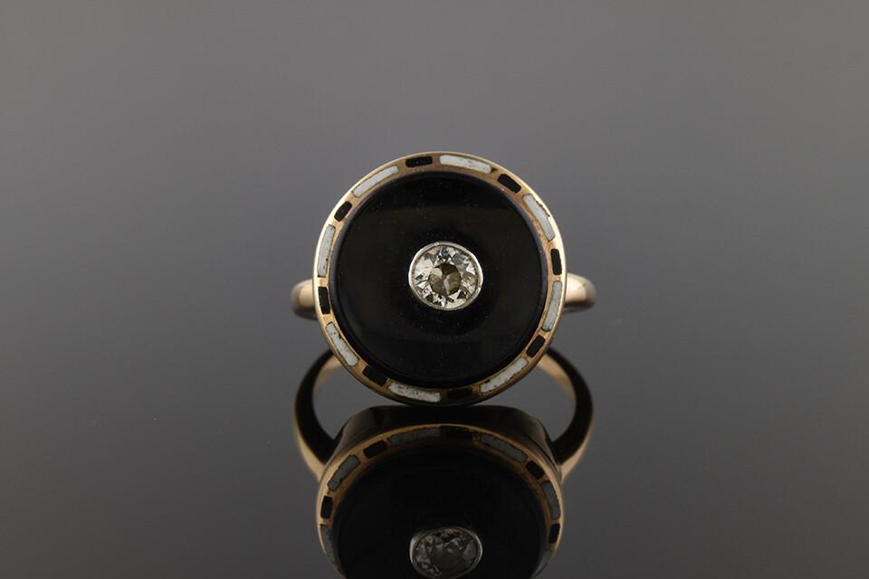 Unusual Art Deco Enamel Ring