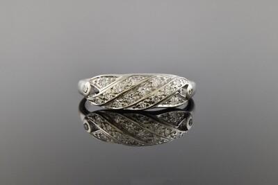 Diamond Band With Diagonal Design