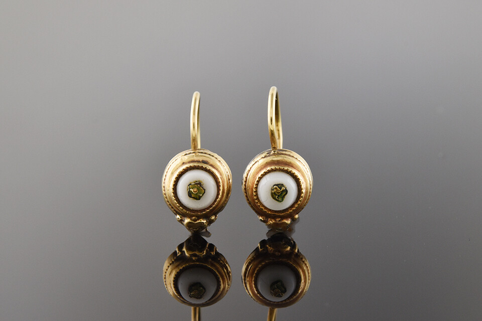 Simple Mid Victorian Chalcedony Earrings