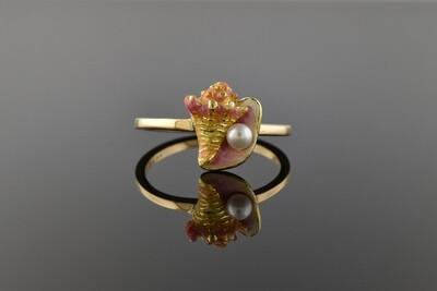 Enameled Seashell Ring