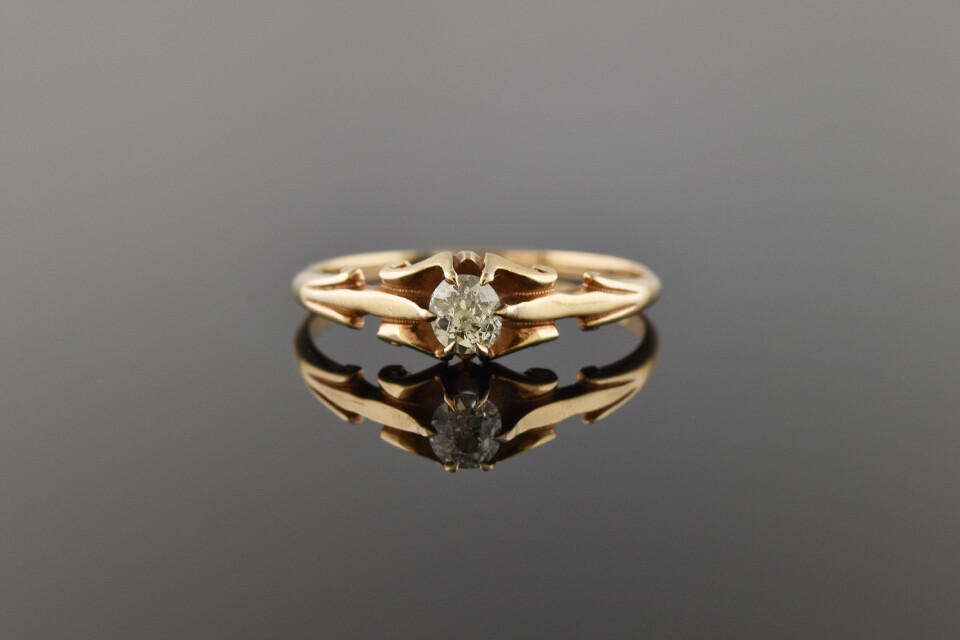 Victorian Solitaire Ring