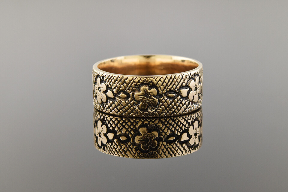 Floral Band With Intricate Details