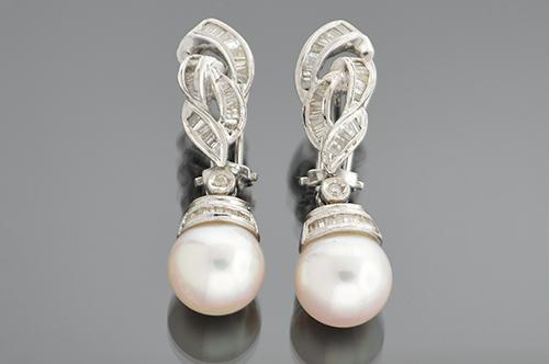 Dangle Diamond and Pearl Earrings
