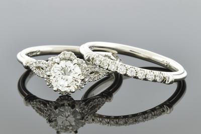 Flower Halo Diamond Wedding Set