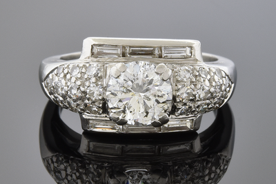 Baguette Framed Round Diamond Ring