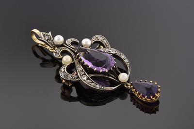 Early Victorian Amethyst Pendant/Brooch