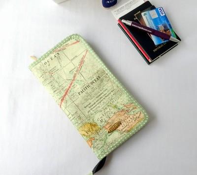 Map Print Family Passport Holder for 6