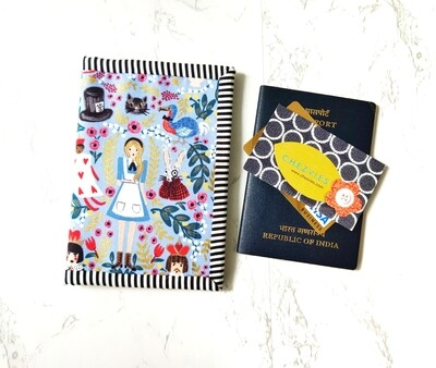 Wonderland Double Passport Holder