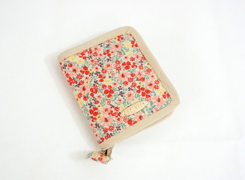 Linen Floral Small Bifold Wallet with Zipper, Bi-fold Wallet Money Clip, Snap Coin Pocket, Minimalist Purse, Mini Credit Card Holder
