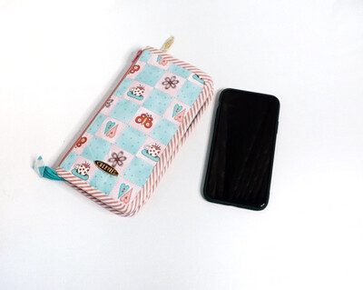 Kawaii Card Wallet For Women - Hold 12 Cards