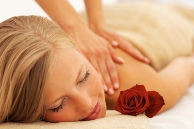 Back and shoulder Massage Gift card value 50 chf