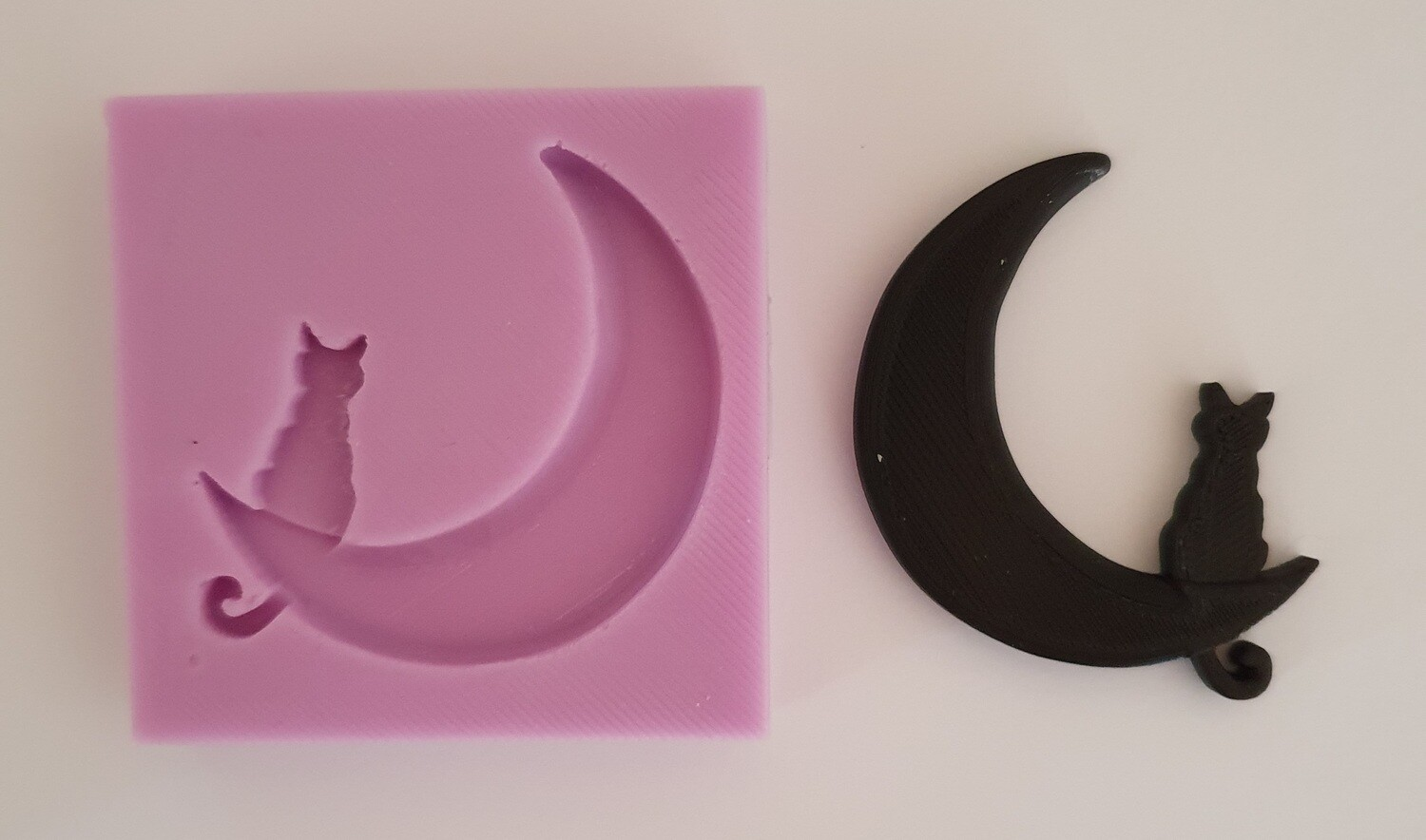 SMALL CAT MOON SILICONE MOULD