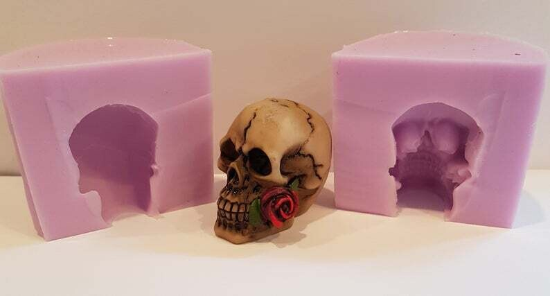 SMALL 3D SKULL WITH ROSE SILICONE MOULD