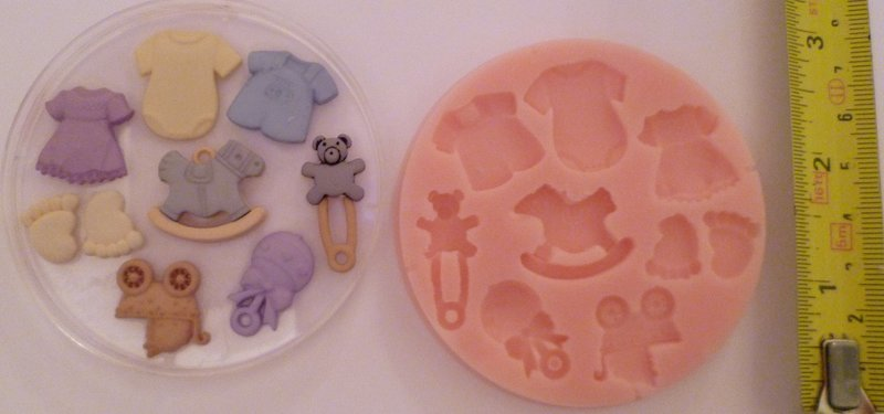TRADITIONAL BABY SET SILICONE MOULD