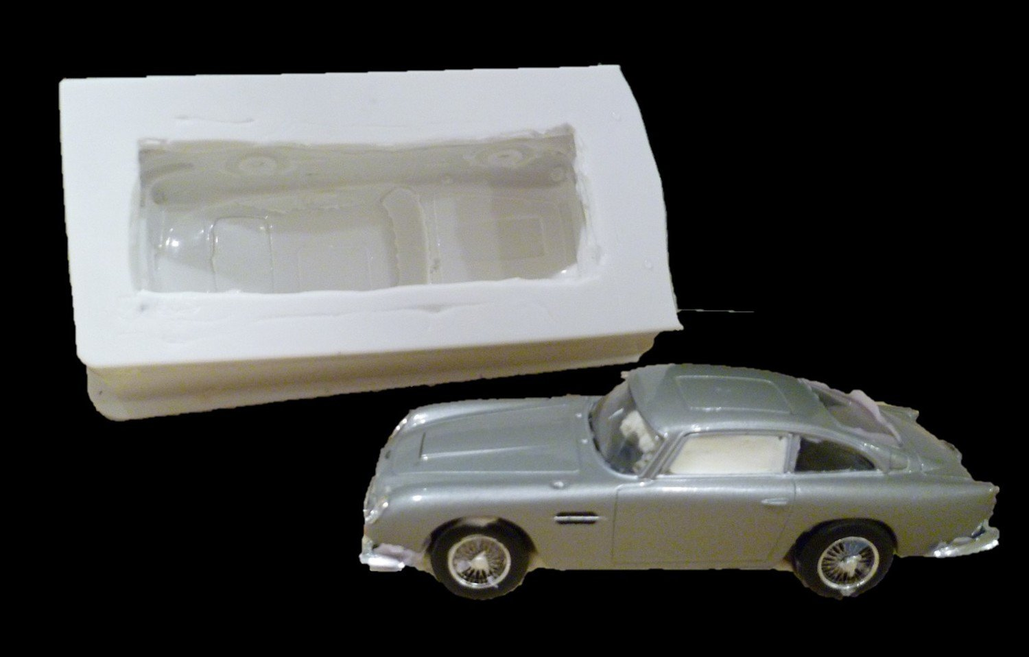3D ASTON MARTIN DB5 CAR JAMES BOND CAR SILICONE MOULD