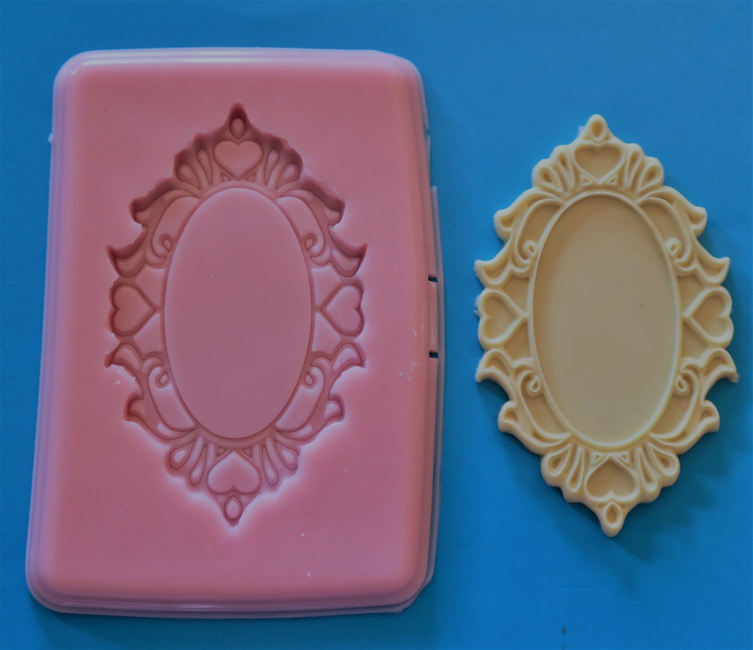 ORNATE PLAQUE SILICONE MOULD