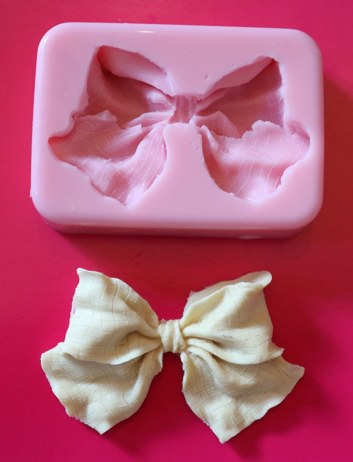 LARGE BOW SILICONE MOULD
