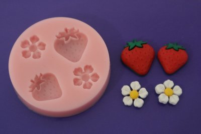 STRAWBERRIES AND DAISIES SILICONE MOULD