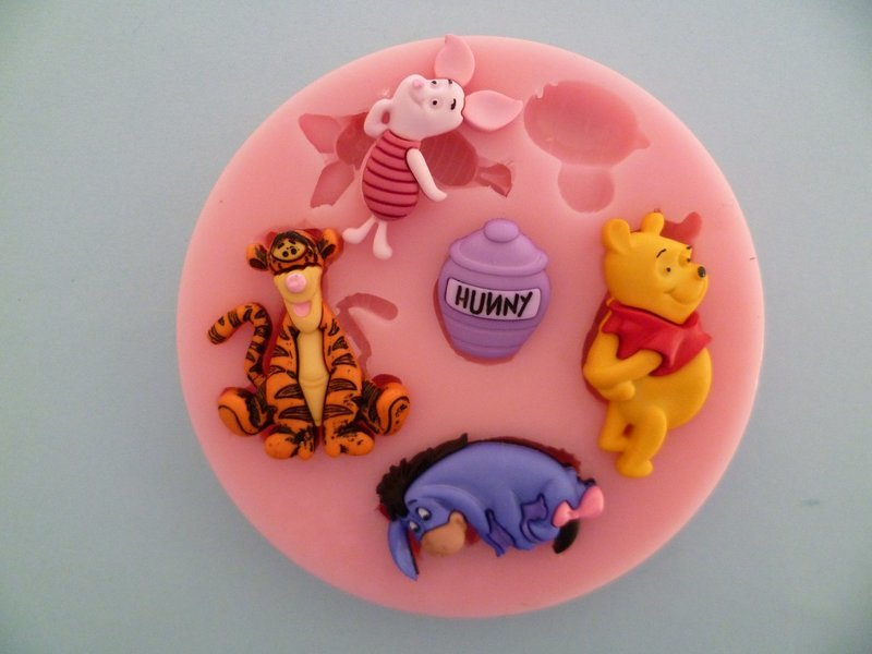WINNIE THE POOH SILICONE MOULD
