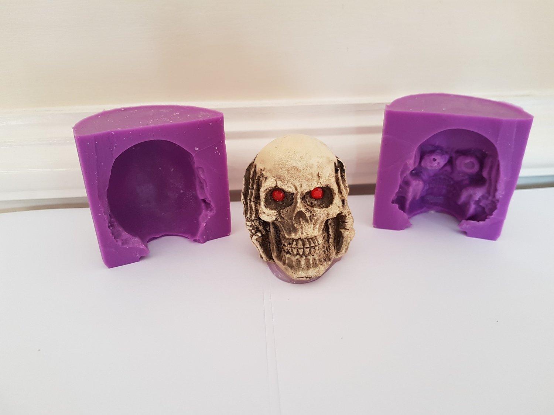 3D SKULL HEAR NO EVIL SILICONE MOULD