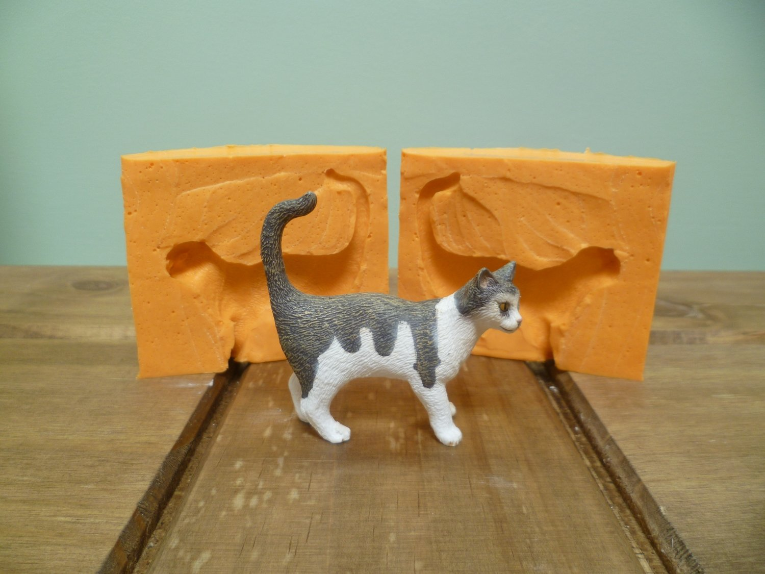 3D STANDING CAT SILICONE MOULD