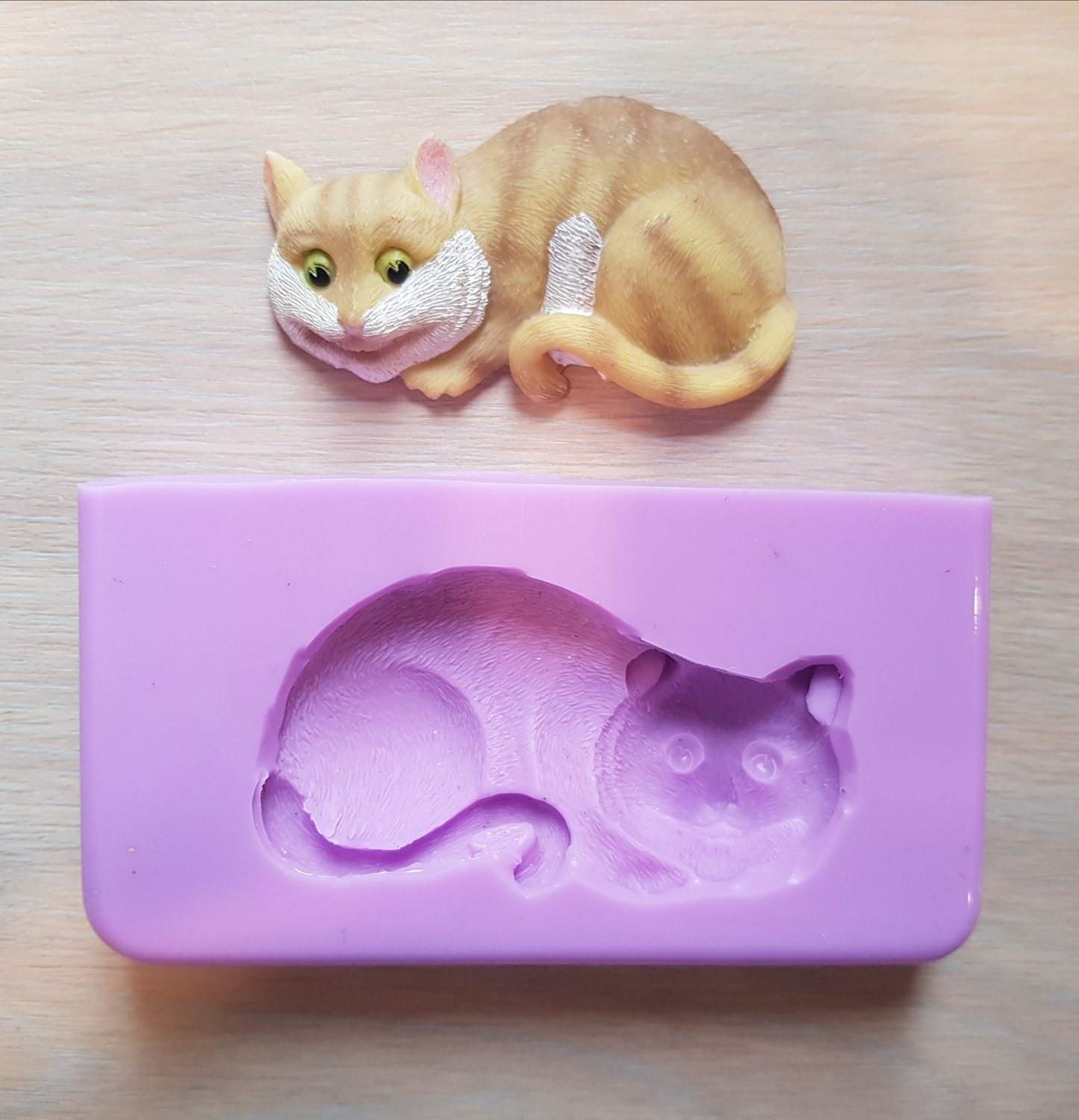CHESHIRE CAT SILICONE MOULD