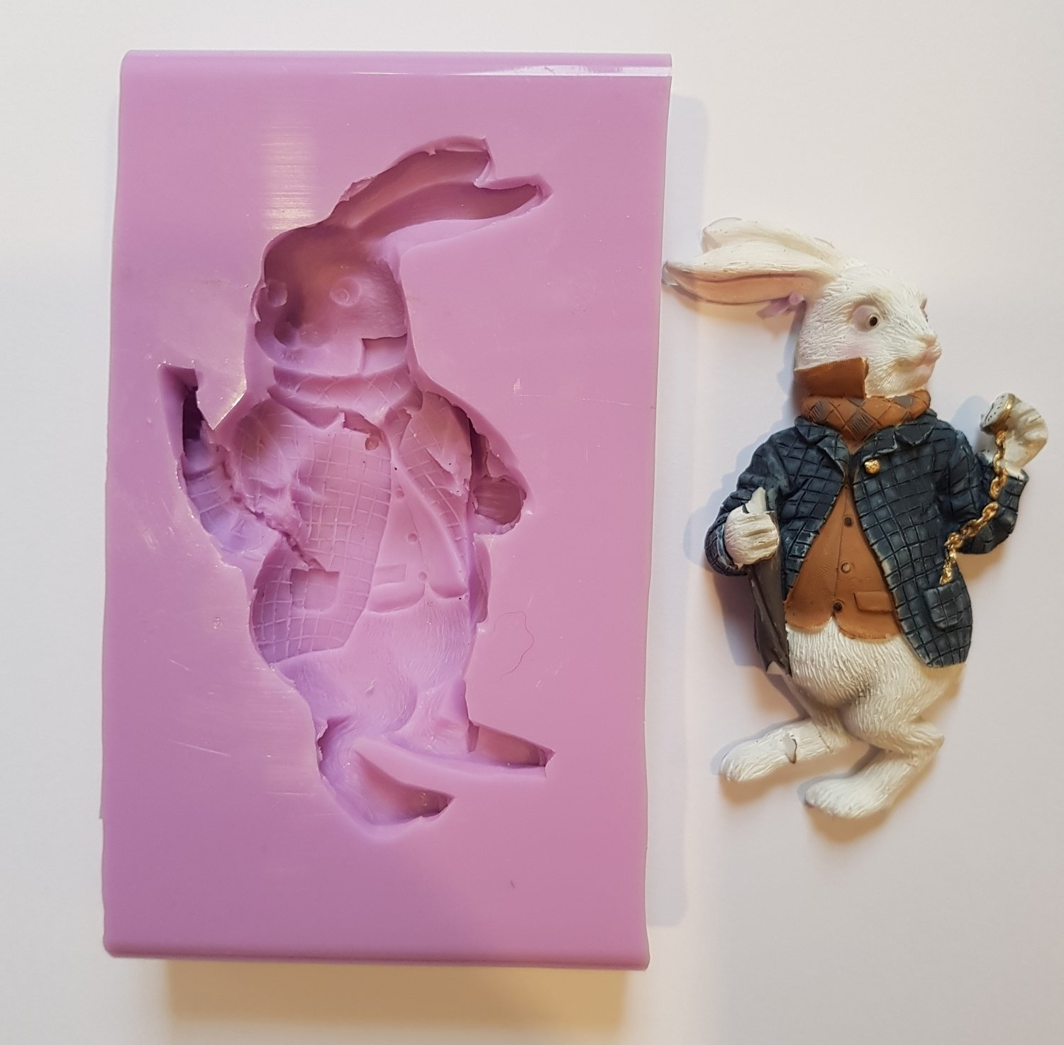 THE WHITE RABBIT SILICONE MOULD