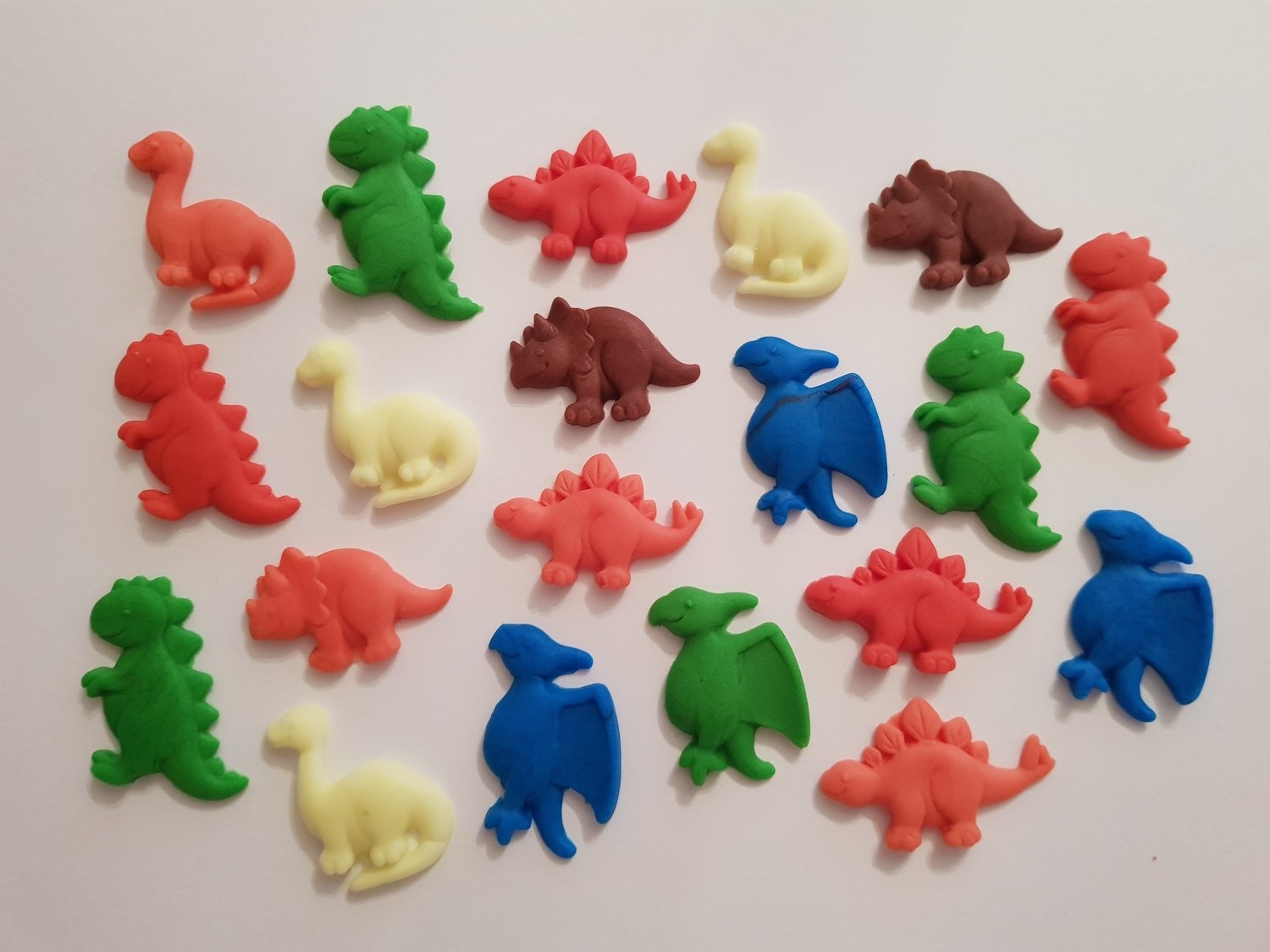 20 DINOSAUR EDIBLE CAKE TOPPERS