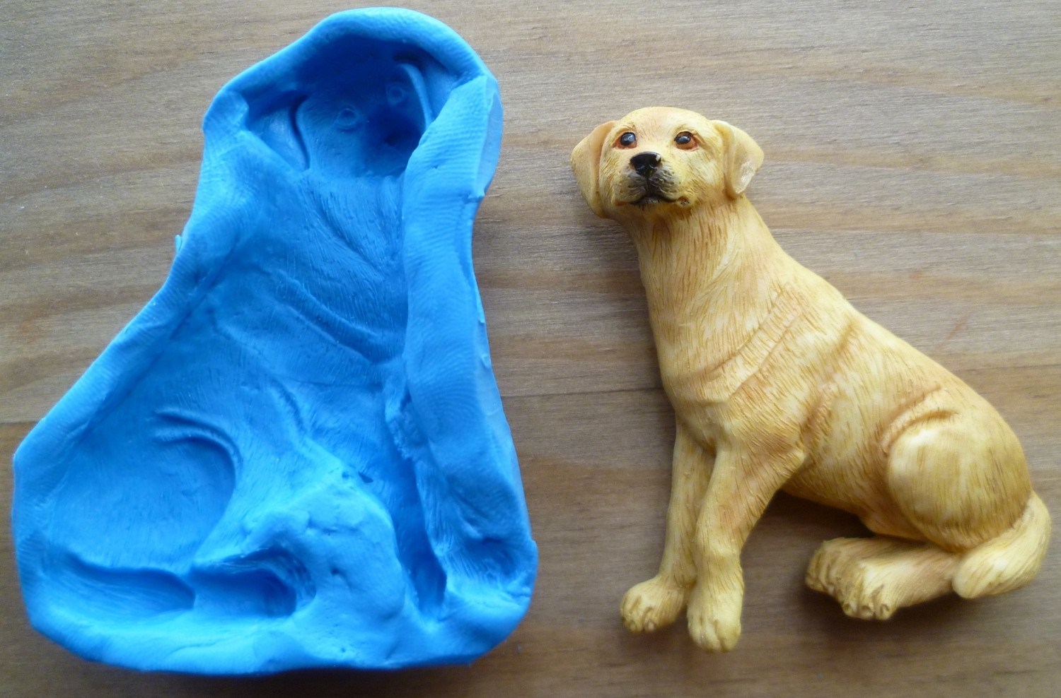 2D LABRADOR SILICONE MOULD