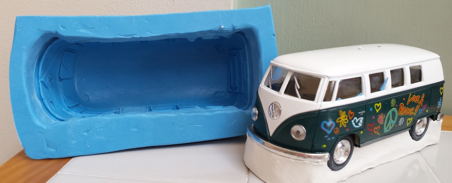 MEDIUM 3D VW CAMPERVAN