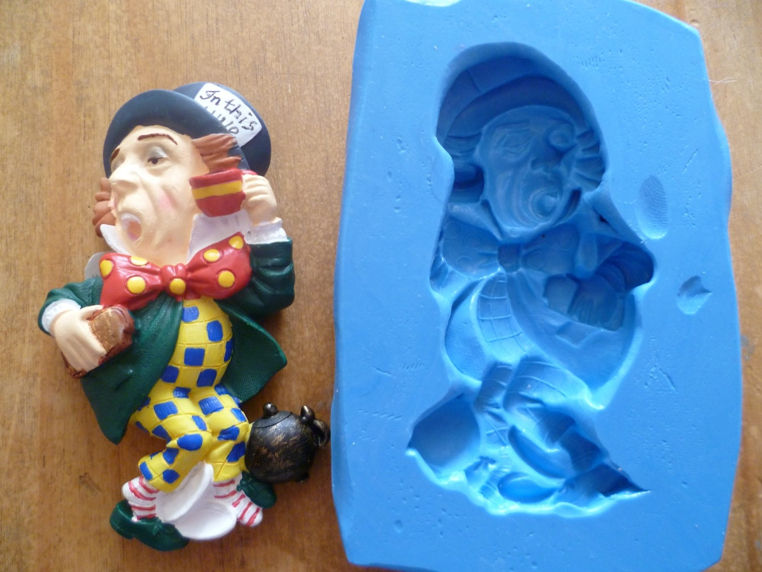 THE MAD HATTER SILICONE MOULD