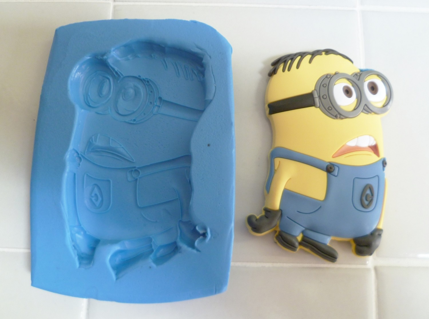 TWO EYED MINION SILICONE MOULD