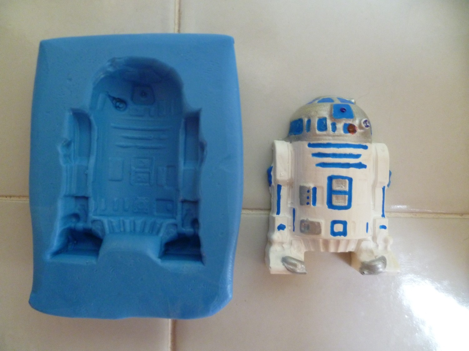 STAR WARS 4.5CM R2D2 SILICONE MOULD