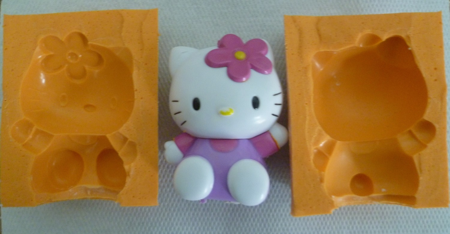 3D HELLO KITTY SILICONE MOULD