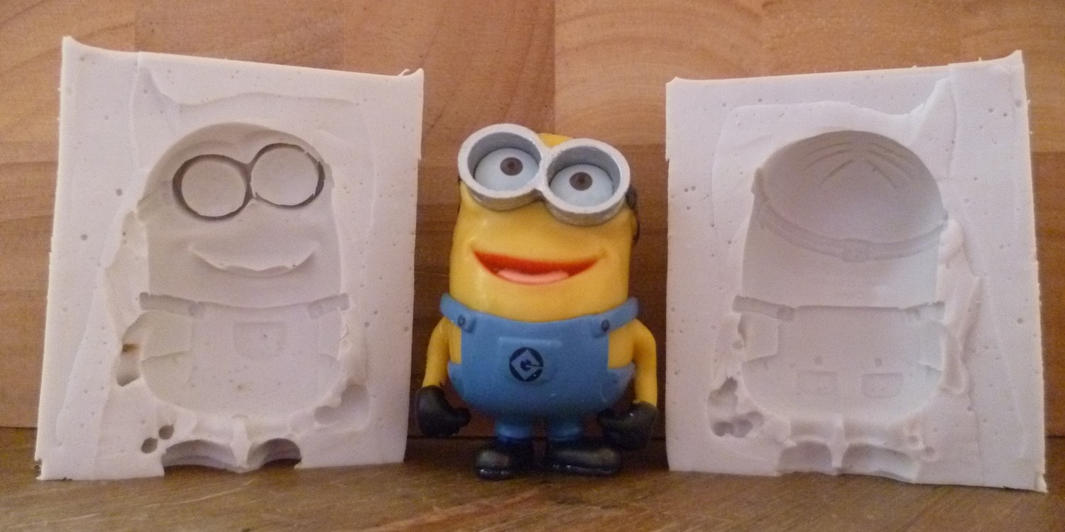 3D TWO EYED MINION SILICONE MOULD