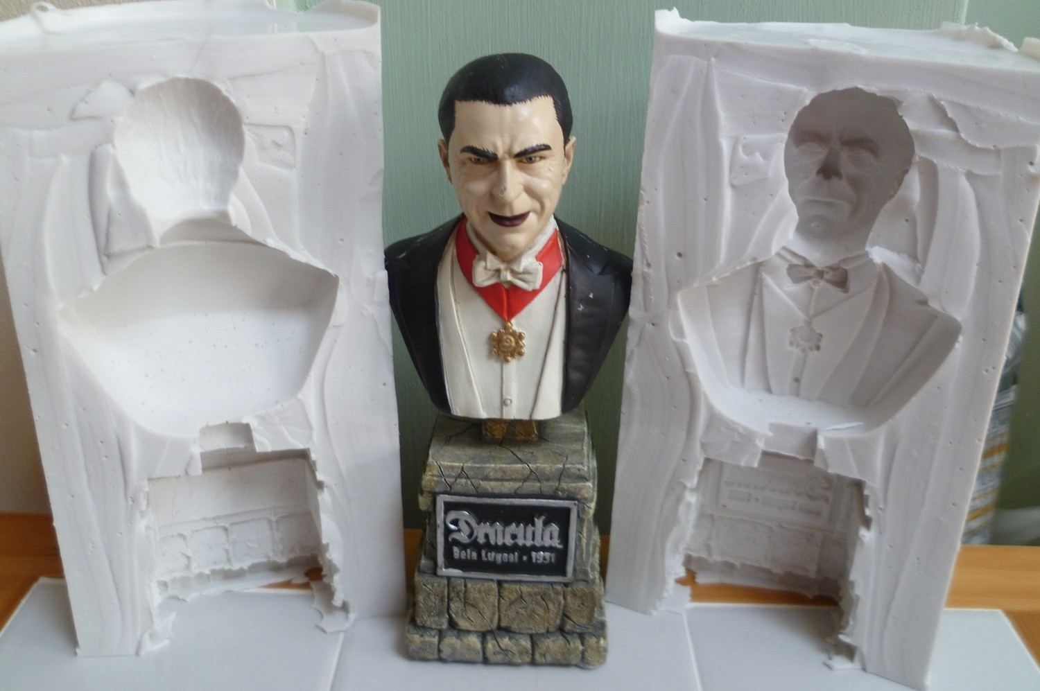 3D DRACULA BUST SILICONE MOULD