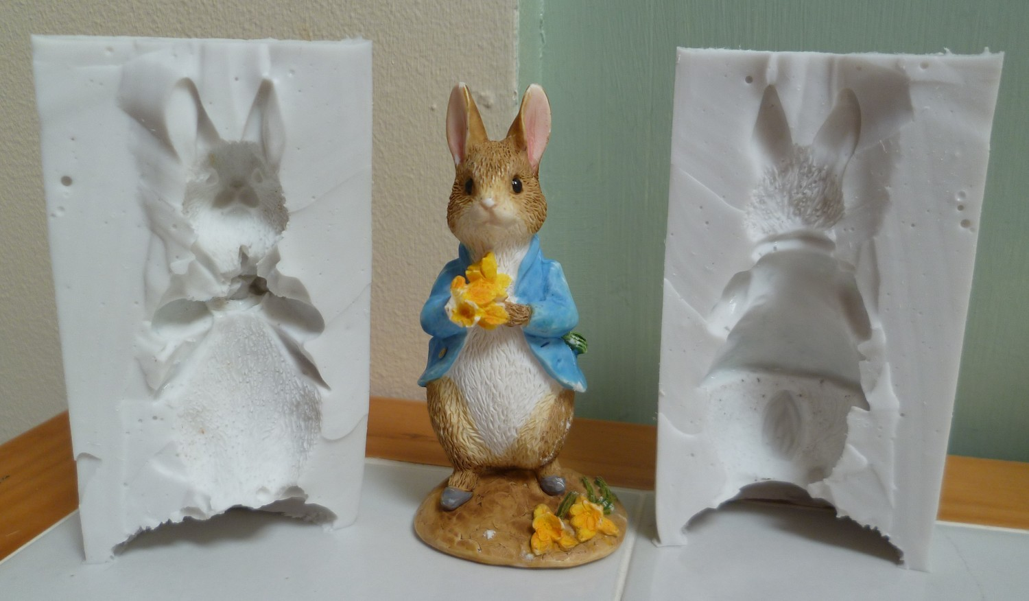 PETER RABBIT 3D SILICONE MOULD (POURABLE SILICONE)