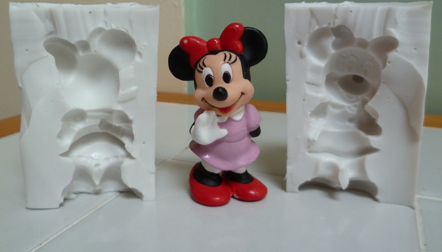 3D MINIATURE MINNIE MOUSE SILICONE MOULD