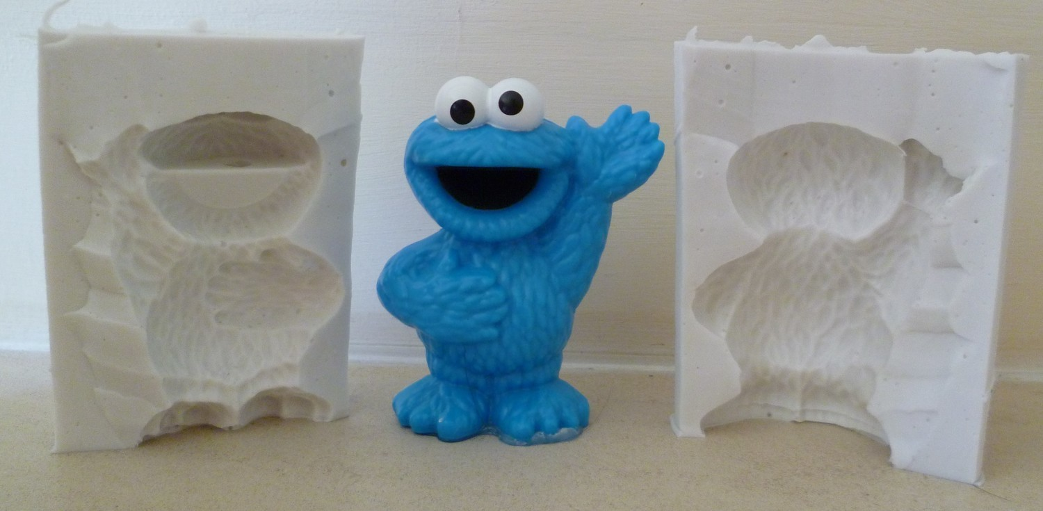 3D COOKIE MONSTER SILICONE MOULD