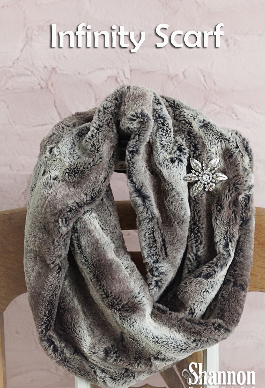 Shannon Infinity Scarf Zoom