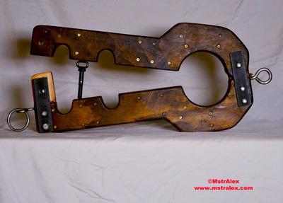 Master Alex Wooden Fiddle