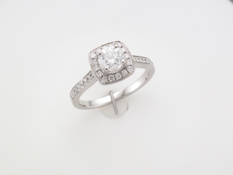 Ladies 18 Carat White Gold Diamond Soliataire
