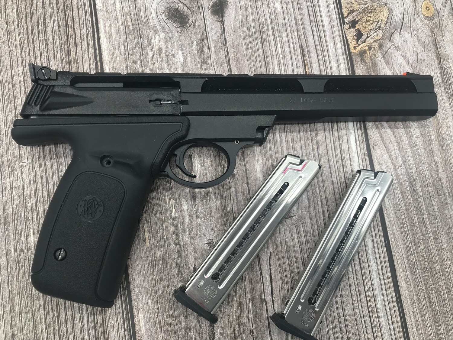 Smith & Wesson 22A 7 inch barrel, .22Lr pistol pre owned