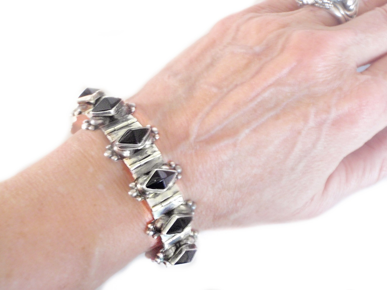 1940s Taxco Onyx Pyramids Silver Hinged Bracelet Sgd R.A.
