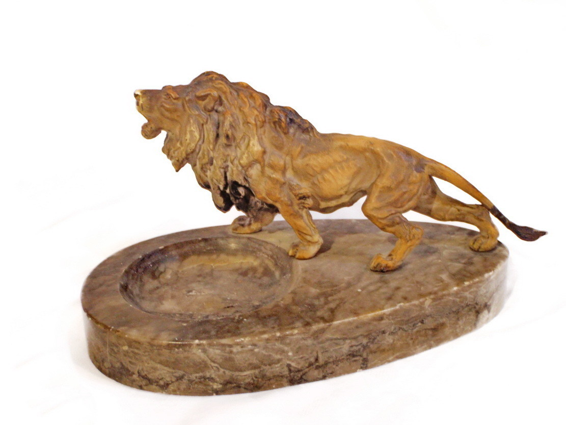 Art Deco Figural Polychromed Lion on Marble Pin, Key, Dresser Tray
