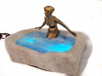 Art Deco Nude Lady in Pond Marble Slag Glass Accent Table Lamp