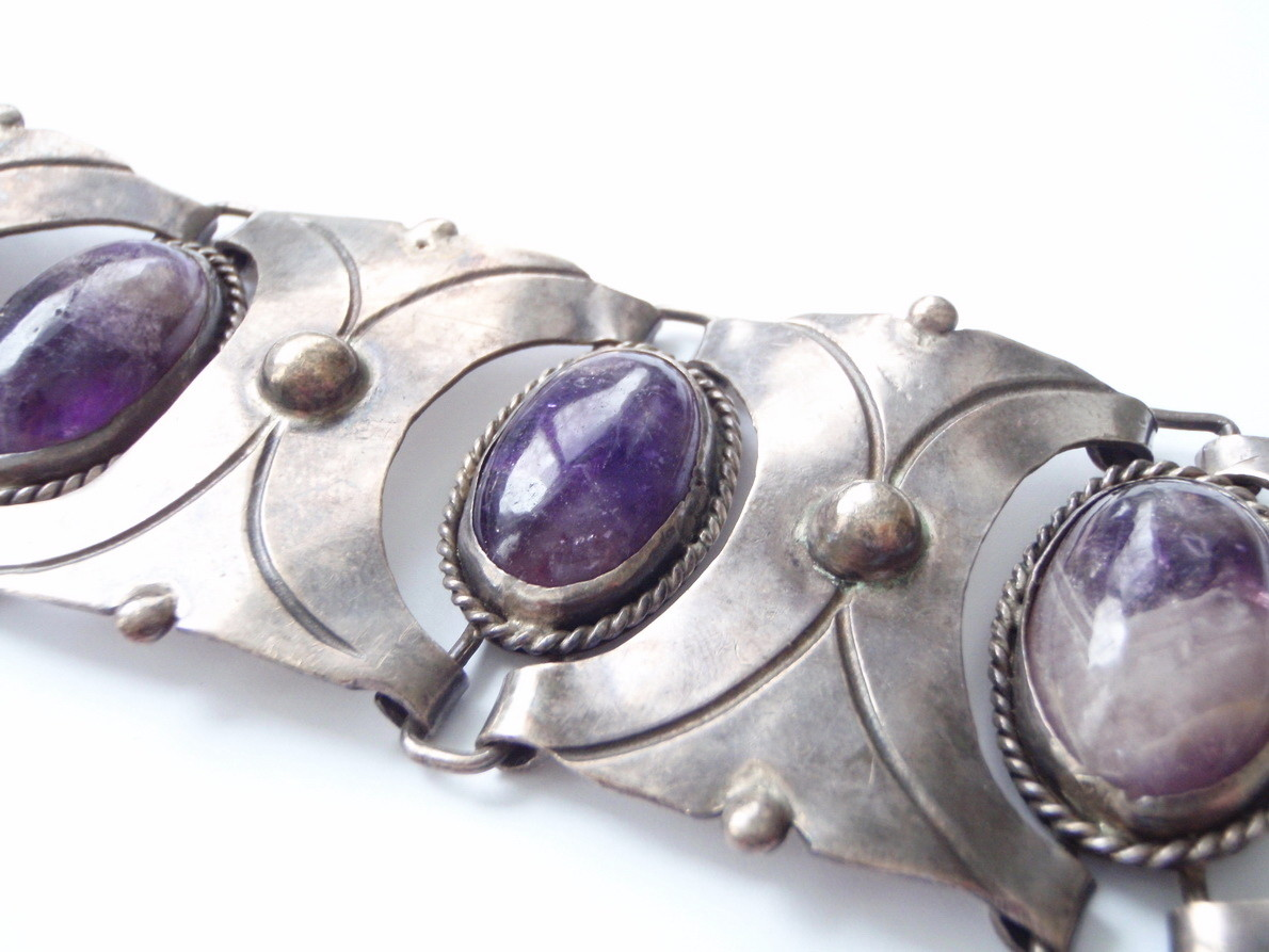 Vintage Taxco Mexico 980 Sterling Cabochon Amethyst Bracelet