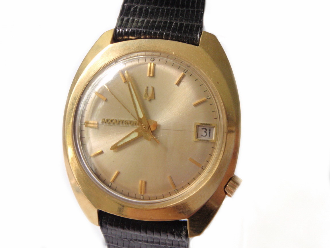 Solid 14kt Gold Case Bulova Watch Accutron DateJust G24889