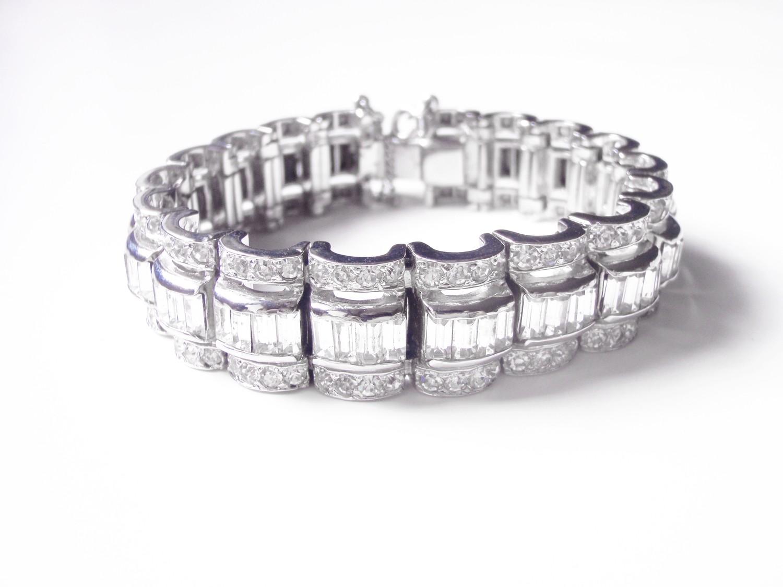 Art Deco Rhinestone Hinged Cuff Bangle Bracelet